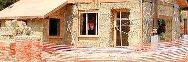 In puglia nascono case di paglia futuraera for Piani di casa di balle di paglia di struttura in legno